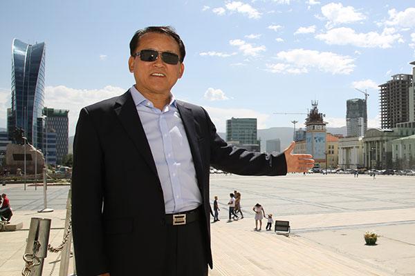 몽골에서 승강기 시장 선두에 선 박호선 대표