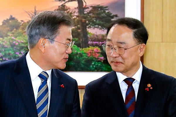 韓国経済の司令塔役を担うツートップが交代