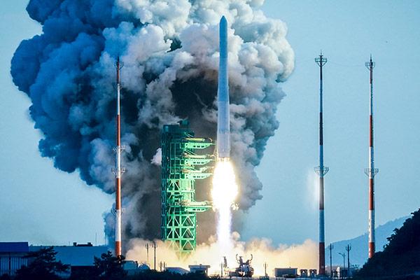 Südkorea startet selbst entwickelte Weltraumrakete Nuri