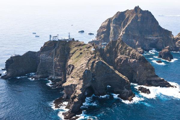 جزيرة دوك دو تجتذب السياح الكوريين خلال  فترة الإجازة الصيفية