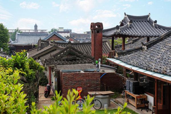 إنشاء قرية تقليدية متعددة الوظائف بمدينة جونجو