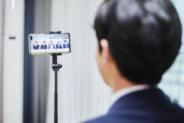 الشركات الكورية الكبري تقرر عدم تاجيل امتحان التوظيف