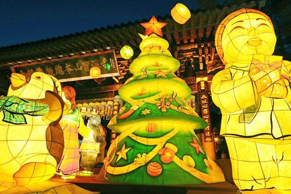 جمعية بوذية تنظم احتفالا بمناسبة الكريسماس