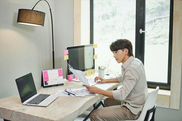ارتفاع نسبة المعاناة من متلازمة العمل من المنزل