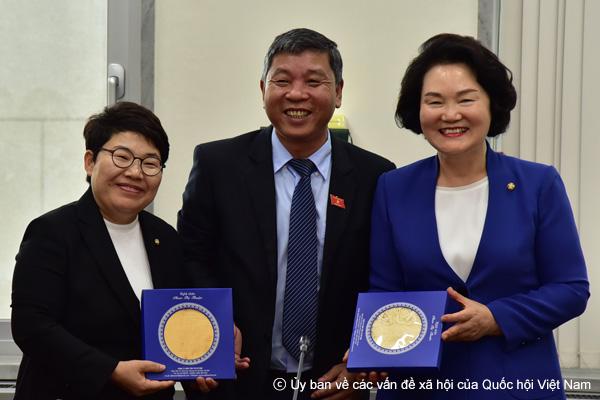 Đoàn công tác Ủy ban về các vấn đề xã hội của Quốc hội Việt Nam học tập kinh nghiệm xây dựng và thực thi chính sách an sinh xã hội tại Hàn Quốc