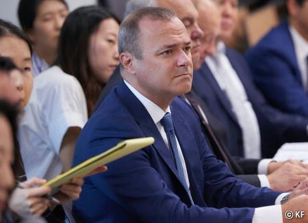 El alcalde de Las Palmas busca mejorar la alianza con Corea del Sur