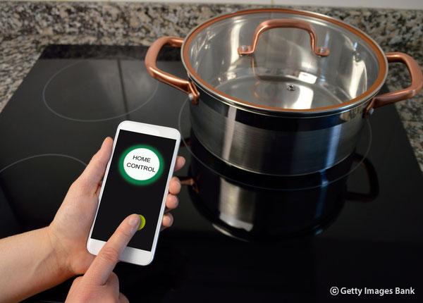 """韩国家庭家具的流行趋势 ——人性家电(Human+appliances) """"人性家电""""备受瞩目 时刻向家人传达温馨信息的冰箱"""