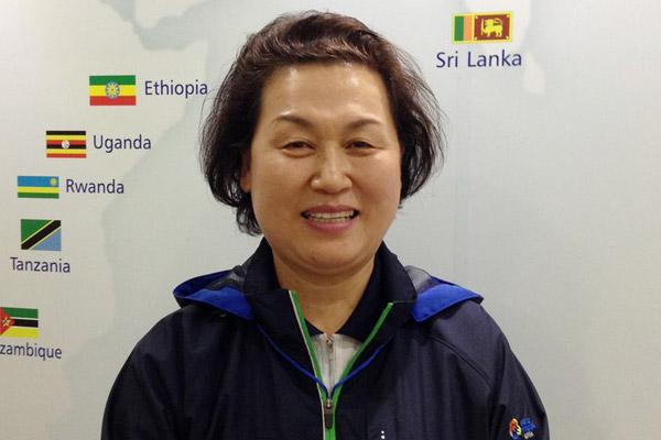 KOICA-Volunteer und Dichterin Lee Seok-rye