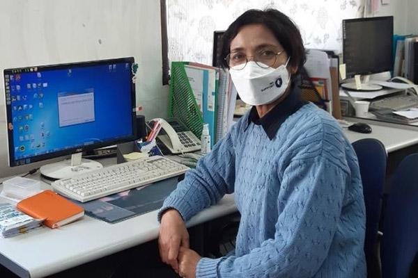 Kin Meita, Aktivistin und Autorin aus Myanmar