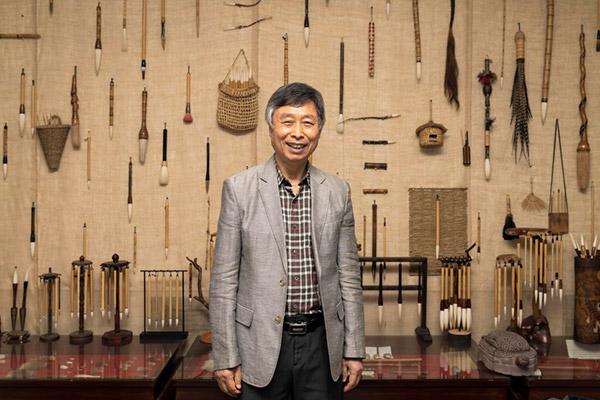 Jeon Sang-gyu, Meister der Anfertigung von traditionellen Tuschpinseln