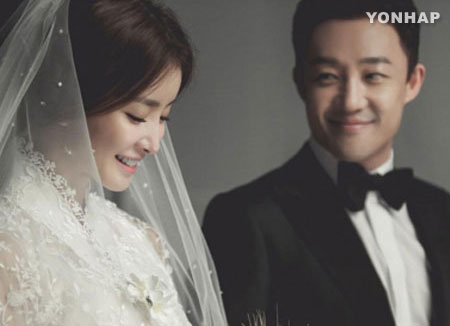 임신 6개월 이시영, 웨딩화보 공개…30일 결혼