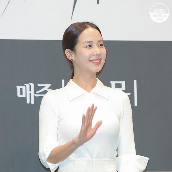 "Сериал телеканала KBS2 ""Женщина на 9,9 миллиарда вон"""