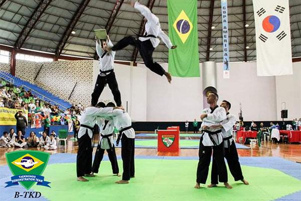 '브라질 국가대표 태권도 시범단' 태권도로 봉사와 행복 나눠