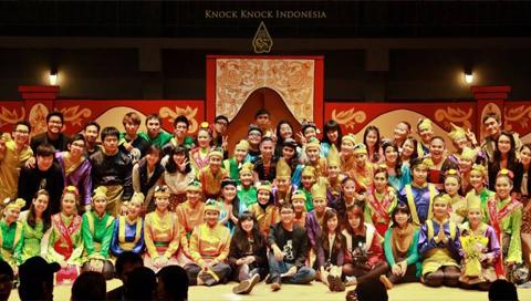 <center></br>Knock-Knock Indonesia 2014</center>