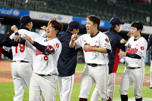 第555話 韓国プロ野球開幕、そしてロッテジャイアンツ!