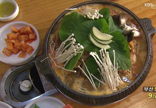 Суп камчжатхан (감자탕)