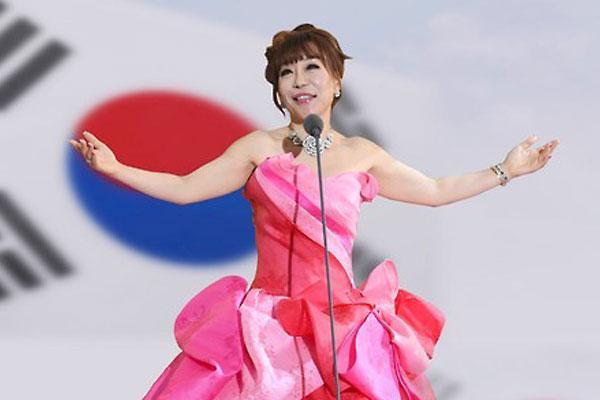 Jo Sumi, soprano à la voix d'or