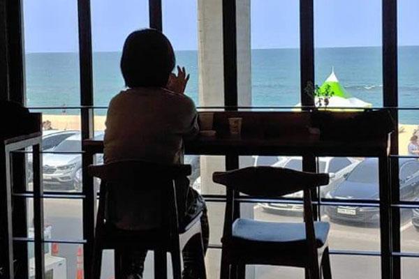 在酷暑中充电-韩国人的暑期度假