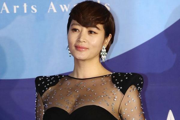 Kim Hye-soo, femme sphinx