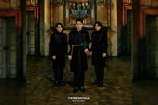 « CEREMONIA » : album spécial pour célébrer les 20 ans de carrière de M.C the MAX (1)