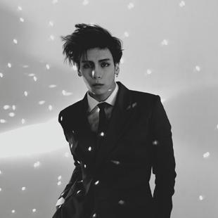 Jonghyun (종현 (JONGHYUN))
