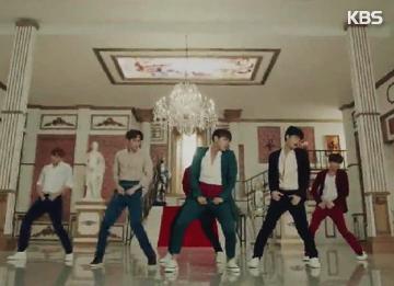 "2PM时隔9个月回归 带歌迷""去我家吧"""
