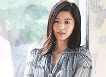 Актриса Чон Чжи Хён готовится стать мамой