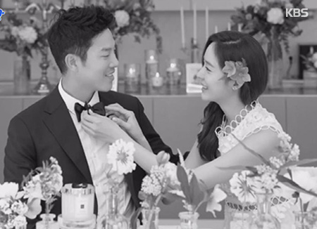 Сон Ю Ри и Ан Сон Хён сыграли скромную свадьбу