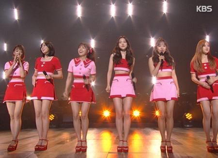 Apink新专辑成绩单亮眼 成员感谢歌迷