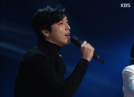 郑容和solo回归风格大转 变身唱跳歌手