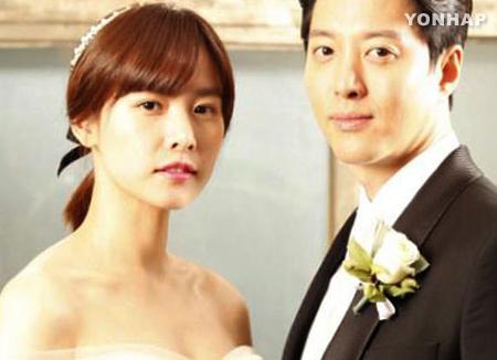 Ли Дон Гон♥Чо Юн Хи сыграли тайную свадьбу