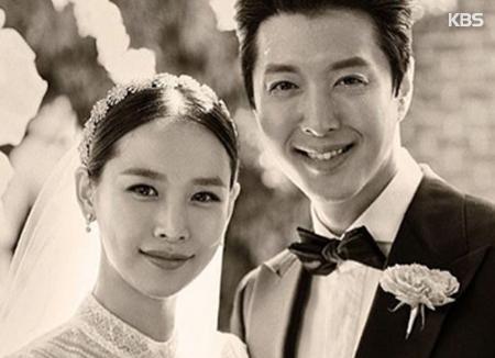 Ли Дон Гон и Чо Юн Хи стали родителями