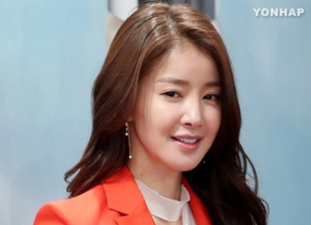 Актриса Ли Си Ён стала мамой