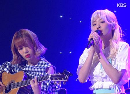 Melon 2017年榜脸红的思春期9首歌曲榜上有名 成最大赢家