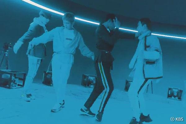 SHINee正规6辑第一部《The Story of Light》发售