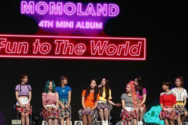MOMOLAND斩获YouTube韩国艺人、歌曲榜双冠军