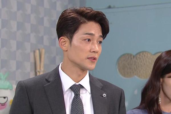 """Актёр Ким Чжин У поделился впечатлениями о съёмках в драме """"Моя жена - левша"""""""