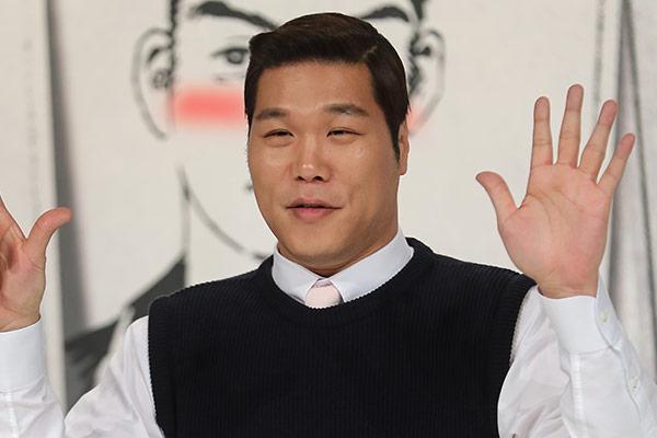 Шоумен Со Чжан Хун в очередной раз совершил крупное пожертвование