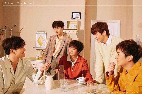 NU'EST等众多韩流偶像青岛举行签售会 韩中关系回暖信号?