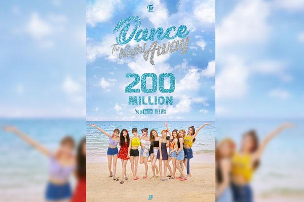 TWICE《Dance The Night Away》MV点击量突破2亿