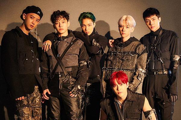 EXO заняла первое место в музыкальных чартах Кореи