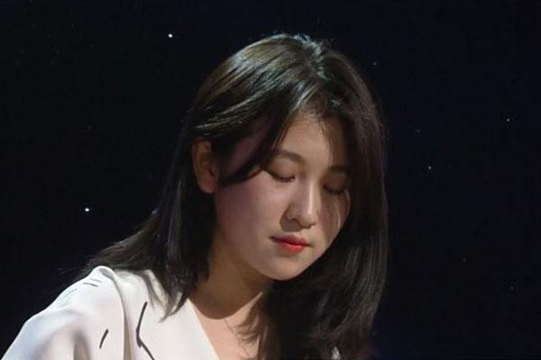白艺潾为人气剧集《爱的迫降》献声 登顶OST音源榜