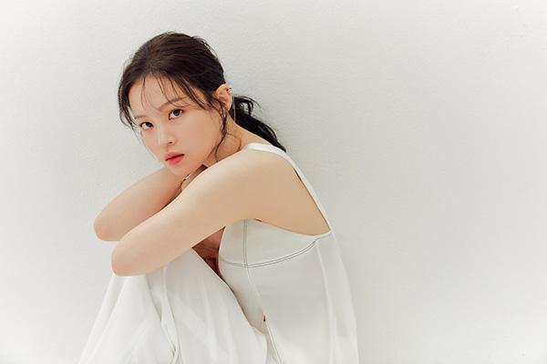 Певица Ли Ха И присоединилась к AOMG