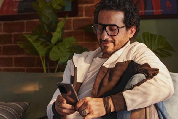 سام سونغ تعين الممثل المصري أحمد حلمي سفيرا جديدا لعلامتها التجارية