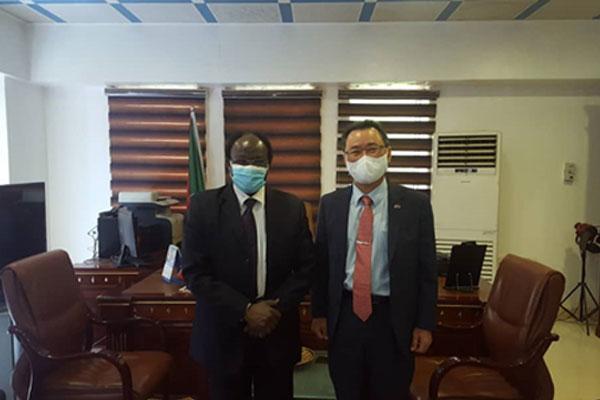 السفير الكوري في الخرطوم يبحث مع وزير الاستثمار السوداني تعزيز التعاون الاقتصادي