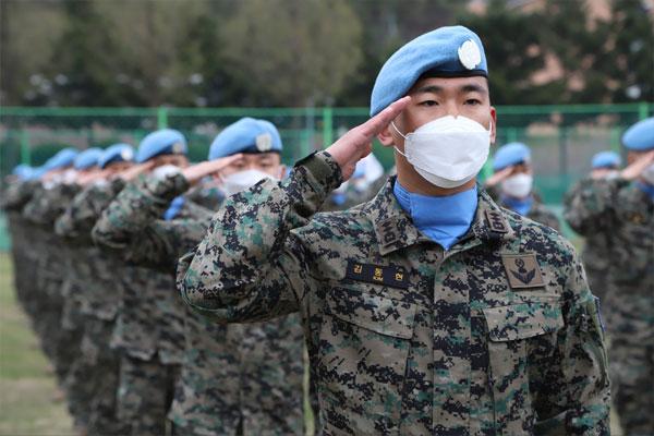 مغادرة الدفعة الـ25 من وحدة دونغ ميونغ الإثنين الماضي إلى لبنان