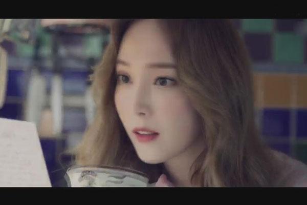Jessica2020年将出版首部小说《Shine》