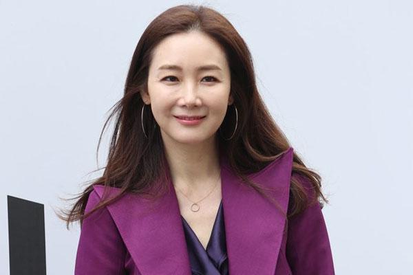 崔智友客串《爱的迫降》 幕后花絮曝光引热议