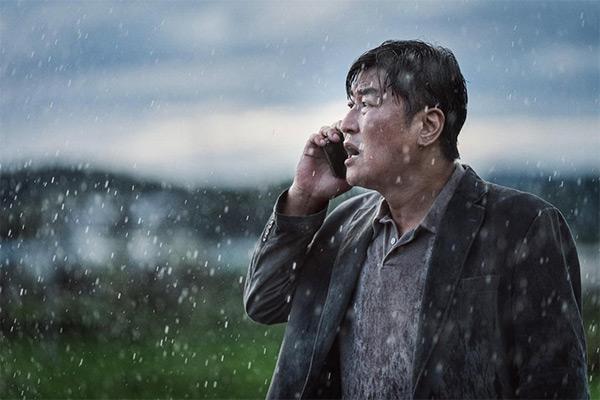 """《紧急宣言》在戛纳电影节首映成""""大爆款""""获好评"""