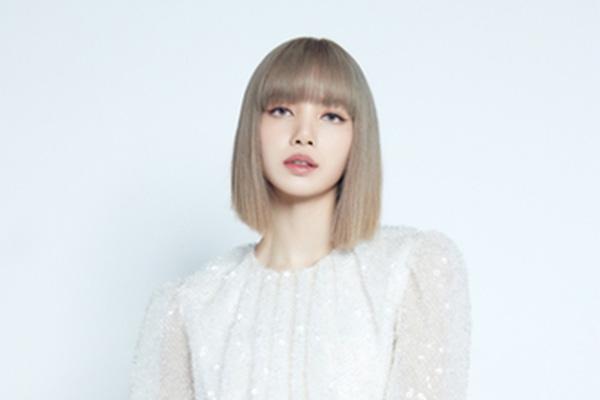Lisa个人单曲《LALISA》特别舞台视频公开 水准堪比MV